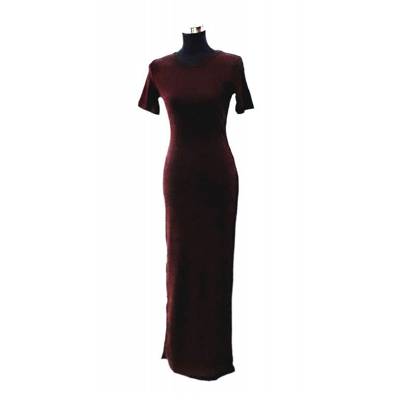 Long wine-colored ribbed dress